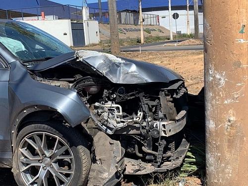 Mais um acidente é registrado na inacabada Av. Castelo Branco