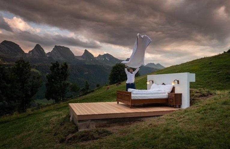 Hotel sem paredes e isolado nos Alpes tem fila de espera para quartos