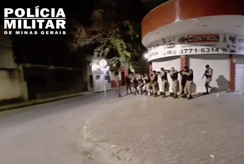 VEJA VÍDEO - Policiais receberam treinamento para prevenção a ataques bancários
